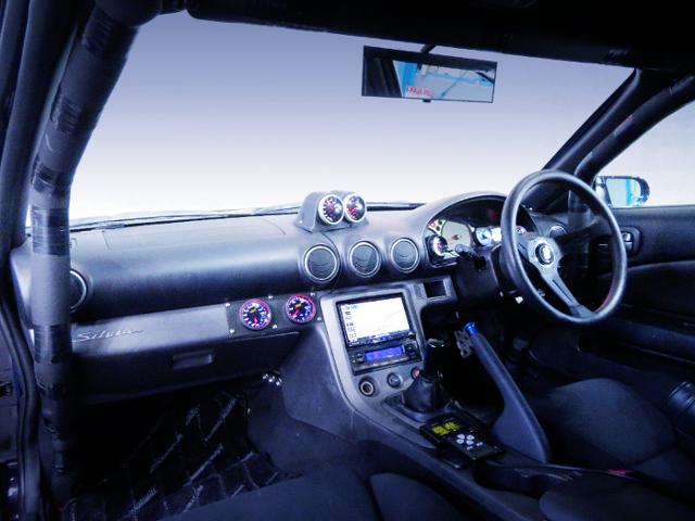 S15 SILVIA DASHBOARD AND ROLL BAR.
