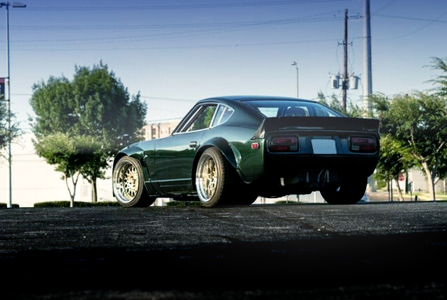 REAR EXTERIOR OF S30Z WIDEBODY And DARK GREEN.