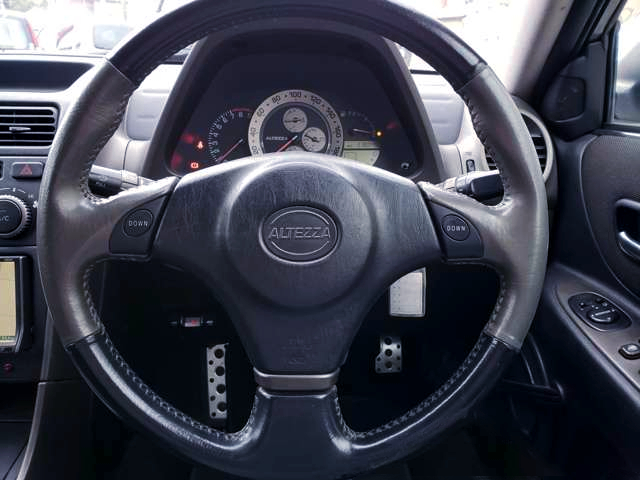 ALTEZZA RS200 Z-EDITION SPEED CLUSTER AND GENUINE STEERING.