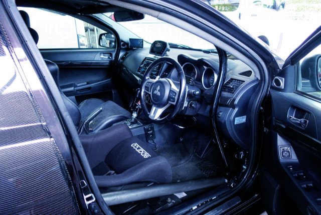 INTERIOR OF CZ4A EVO 10 GSR.