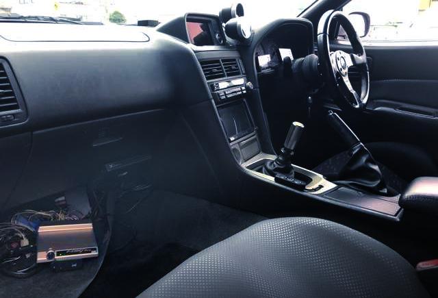 INTERIOR OF R34 GTR V-SPEC.