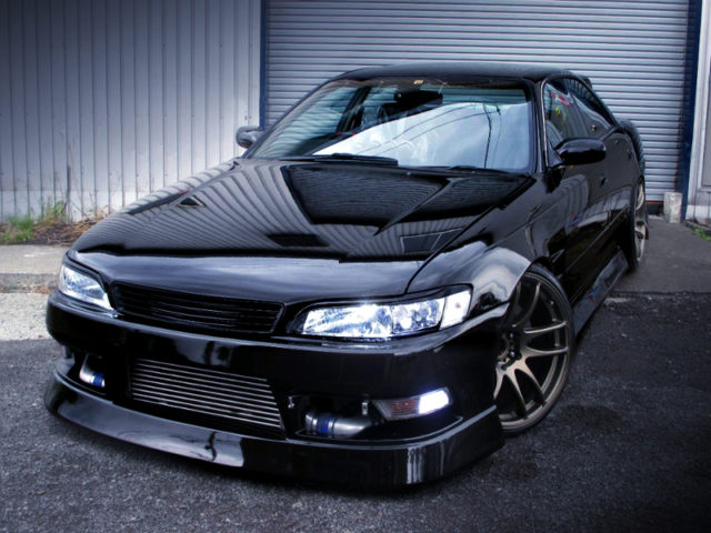 FRONT EXTERIOR OF JZX90 MARK2 TOURER-V BLACK.