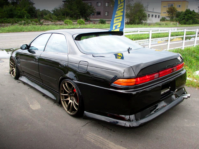 REAR EXTERIOR OF JZX90 MARK2 TOURER-V BLACK.