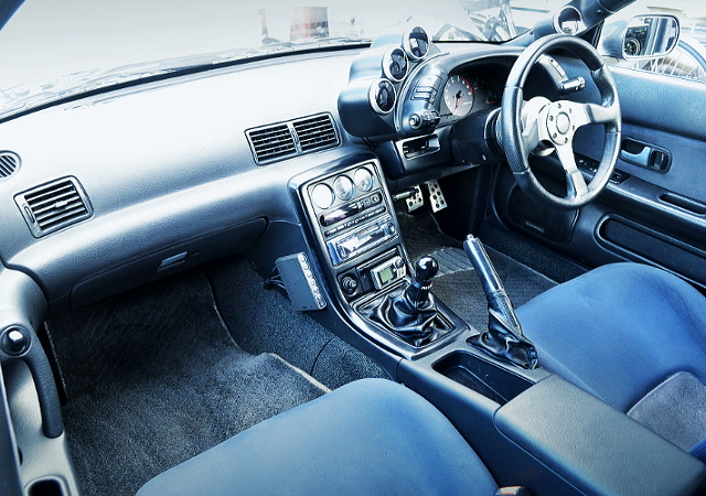 R32 GTR CUSTOM DASHBOARD.