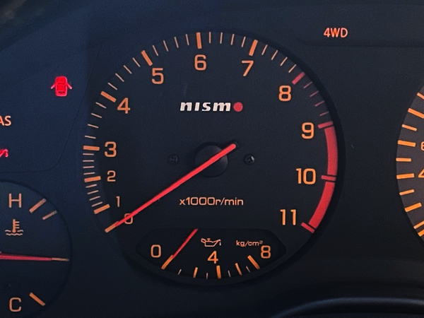 NISMO RPM METER.