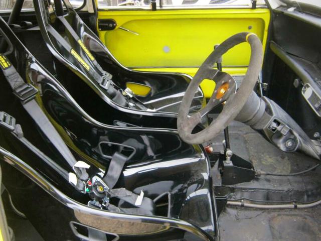 INTERIOR Tillett B6 SEATS