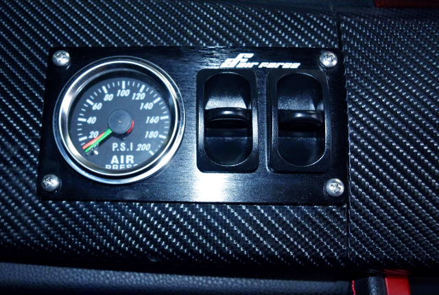 AIR-SUS GAUGE AND SWITCHES,