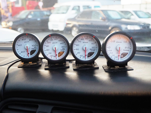 DEFI GAUGES.