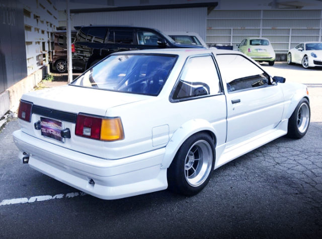 REAR EXTERIOR OF AE86 LEVIN WIDEBODY And White.