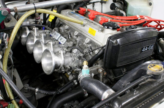 AE101 ITB ON AE92 KOUKI 4AGE ENGINE.