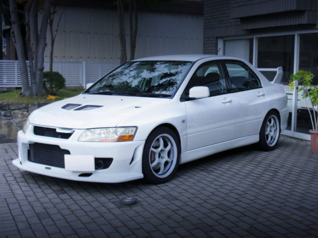 FRONT EXTERIOR OF CT9A EVO 7 GSR WHITE.
