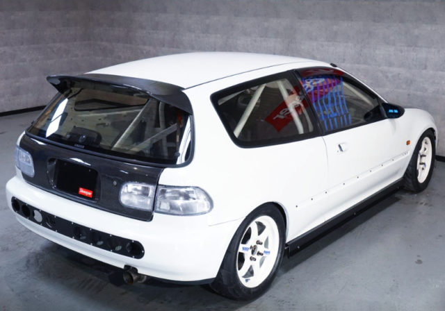 REAR EXTERIOR OF EG6 CIVIC SiR2.