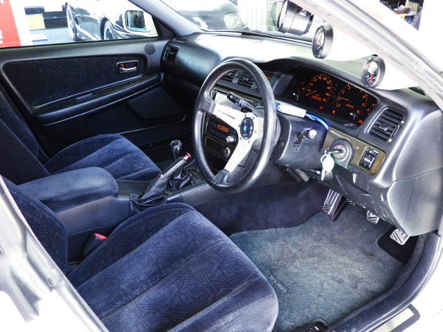 JZX100 CHASER INTERIOR.