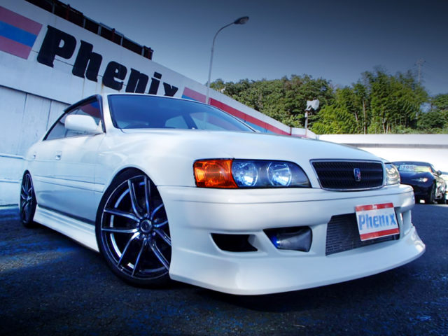 FRONT EXTERIOR OF JZX100 CHASER GRAND PACKAGE.