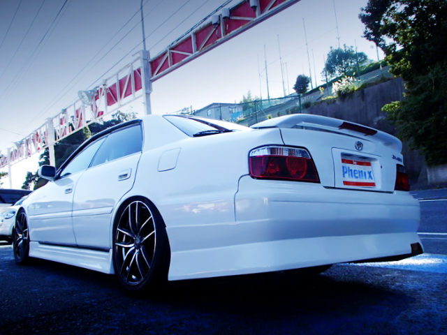 REAR EXTERIOR OF JZX100 CHASER GRAND PACKAGE.