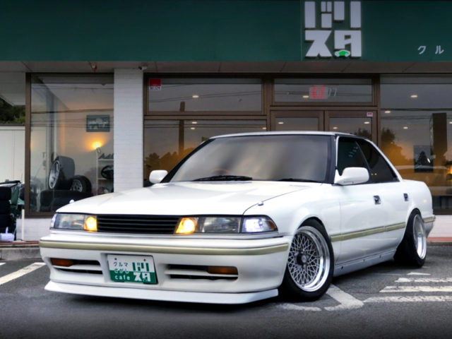 FRONT EXTERIOR OF JZX81 MARK2 GRANDE.