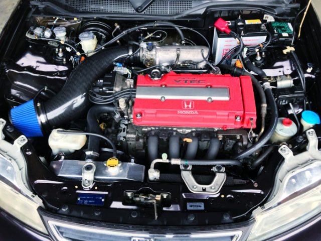 EK9 CIVIC TYPE-R B16B VTEC ENGINE.