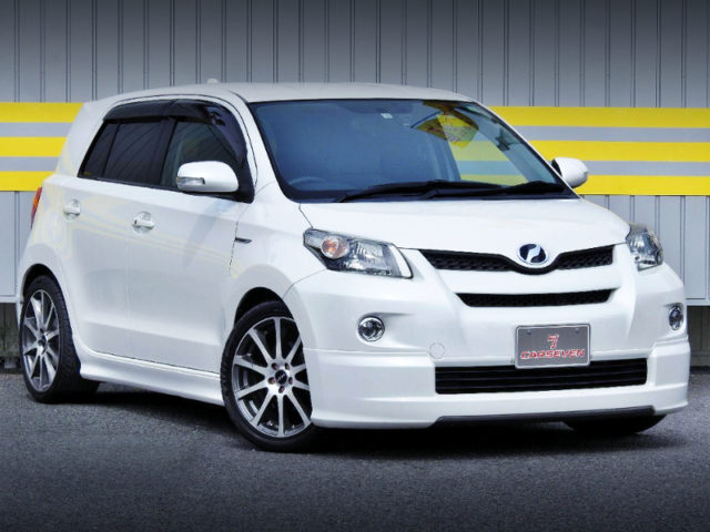 FRONT EXTERIOR OF NCP110 TOYOTA ist 150G TO WHITE.