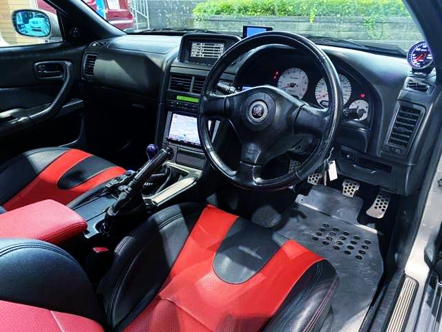 R34 GT-R DASHBOARD.