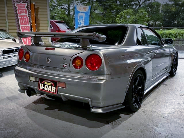 REAR EXTERIOR OF R34 GT-R.