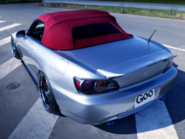 REAR EXTERIOR OF AP2 S2000 TO LEFT-HAND DRIVE.