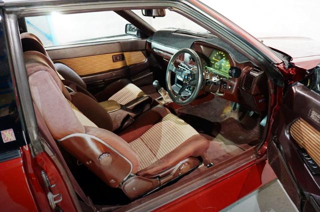 A60 CELICA XX 2000GT INTERIOR.
