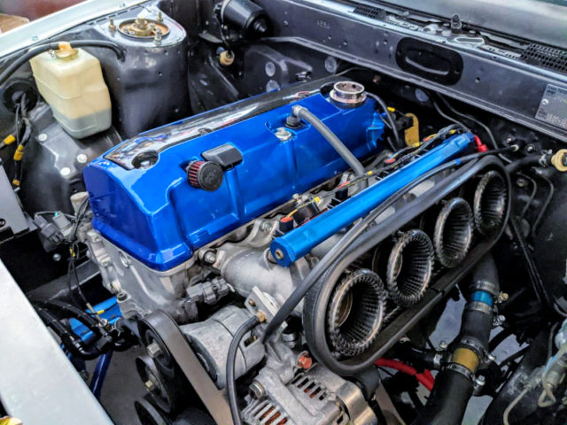 F20C 2-liter VTEC ENGINE With TWM ITBs.