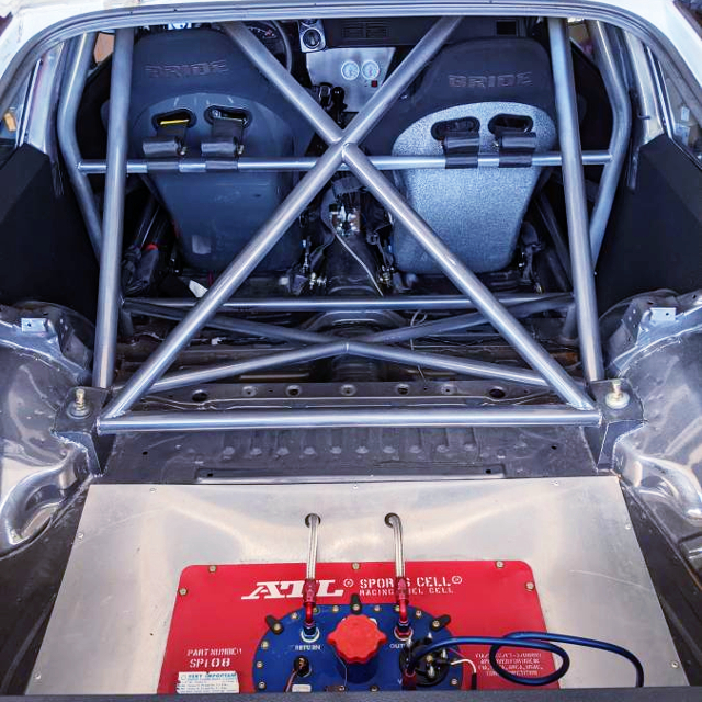 ROLL CAGE AND FUEL CELL.