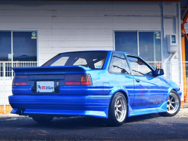 REAR EXTERIOR OF AE86 TRUENO GT-APEX BLUE.