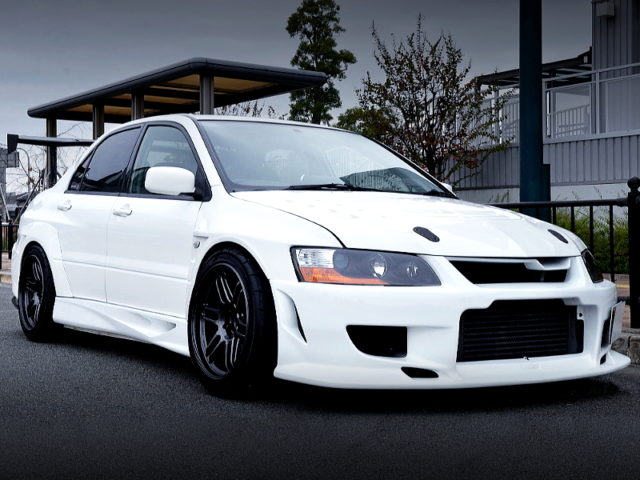 FRONT EXTERIOR OF EVO 8 MR GSR With VOLTEX WIDEBODY KIT.