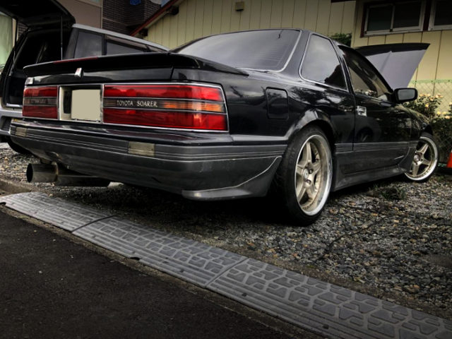 REAR EXTERIOR OF GZ20 SOARER.