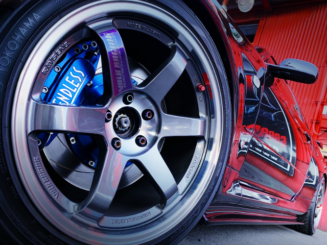 FRONT TE37SL WHEEL AND ENDLESS BRAKE.