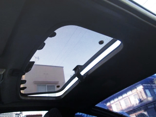 180SX TYPE-2 SUNROOF.