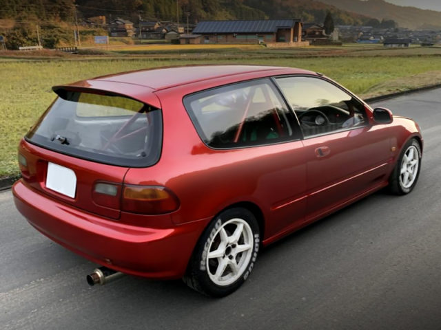 REAR EXTERIOR OF EG6 CIVIC TO SOUL RED CRYSTAL PAINT.