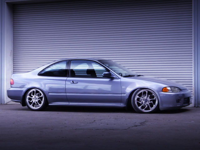 RIGHT SIDE EXTERIOR OF EJ1 CIVIC COUPE.