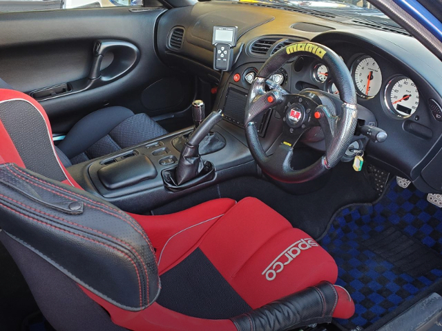 INTERIOR OF FD3S RX-7 TYPE-RB.
