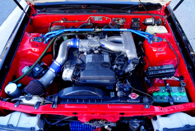 2JZ-GE 3.0L NATURALLY ASPIRATED ENGINE.