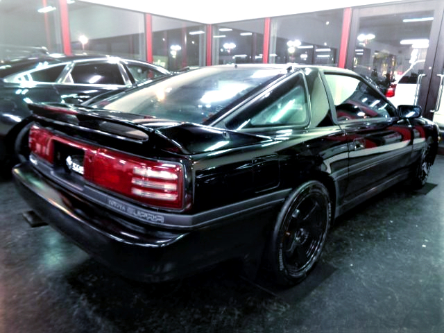REAR EXTERIOR OF JZA70 SUPRA 2.5GT TWIN TURBO R TO BLACK.