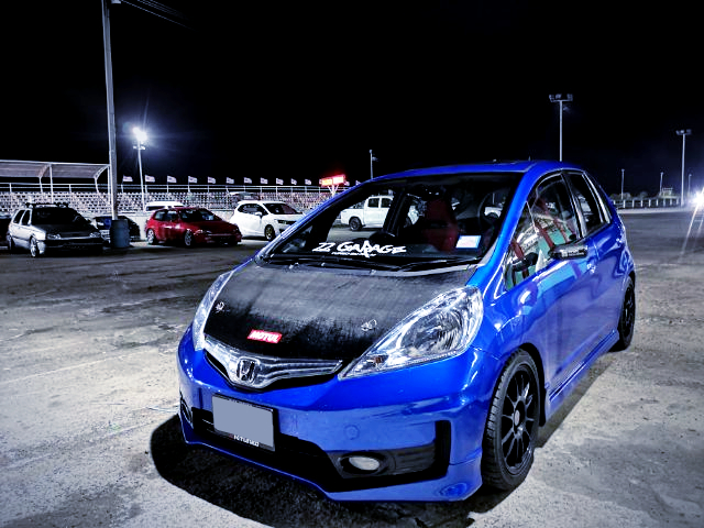 FRONT EXTERIOR OF GE HONDA JAZZ TO BLUE PAINT.