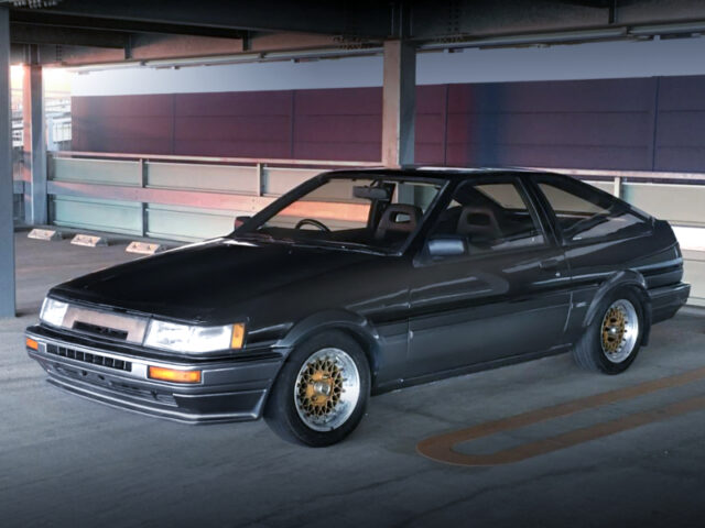 FRONT EXTERIOR OF AE86 LEVIN GT-APEX BLACK and SILVER TWO-TONE.