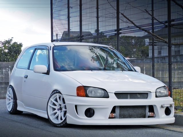 FRONT EXTERIOR OF EP91 STARLET GLANZA V to WHITE.