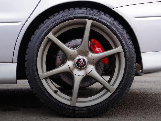 GENUINE R34GT-R REAR FORGED WHEEL.