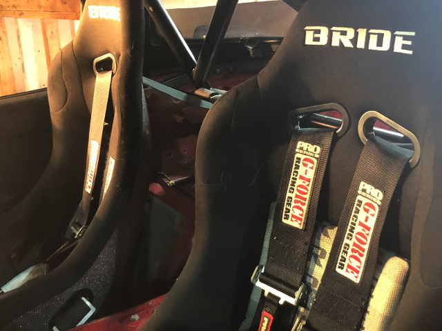BRIDE FULL BUCKET SEATS.