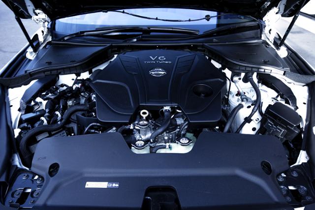 VR30DDTT 3.0L TWINTURBO ENGINE OF 400R MOTOR.