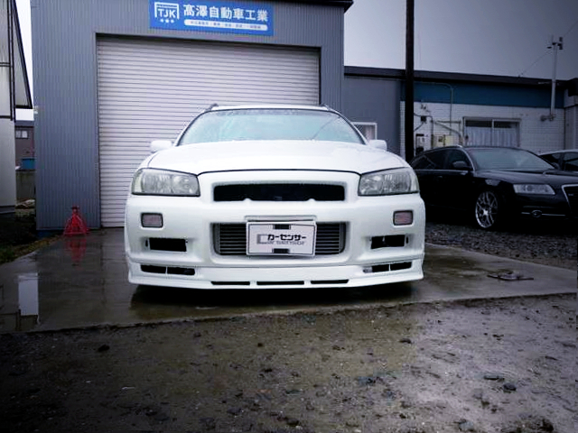 R34 GT-R FRONT.