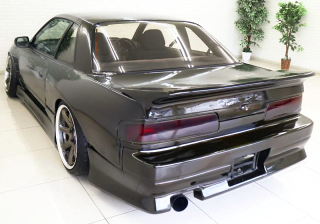 REAR EXTERIOR OF S13 SILVIA to DARK BROWN.