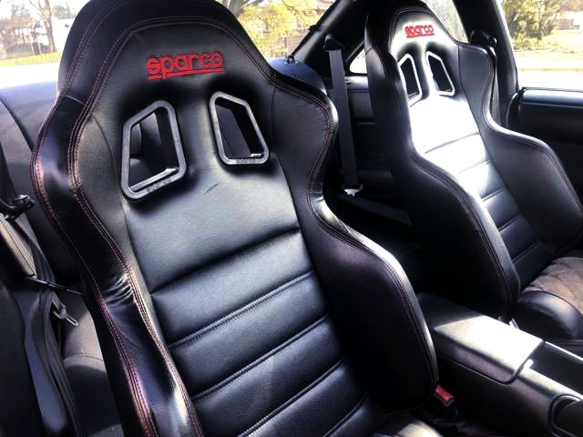 SPARCO LEATHER SEATS.