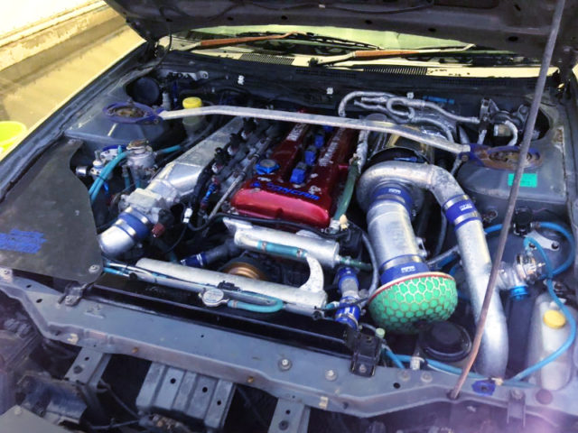 SR20DET REDTOP With AFTERMARKET BIG SINGLE TURBO.