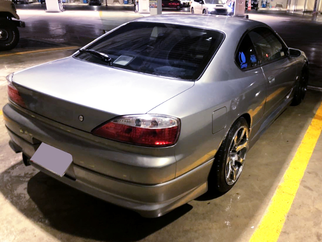 REAR EXTERIOR OF S15 SILVIA TO SILVER.