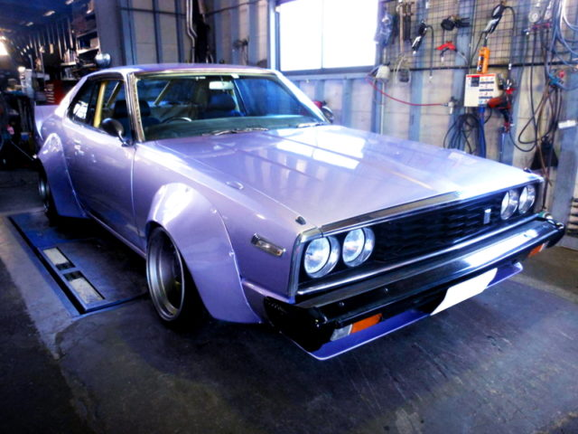 FRONT EXTERIOR OF HGC211 SKYLINE JAPAN WORKS and PURPLE PAINT.